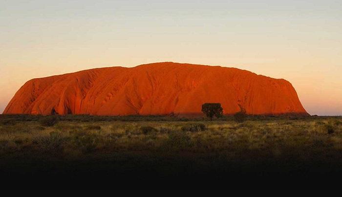 Uluru (Ayres Rock), Northern Territory, Australia
