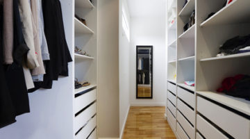 5 Significant Difference between Professionally Built and Custom Wardrobes