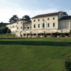 Classic Italian Romance in Vicenza, Between Venice and Milan