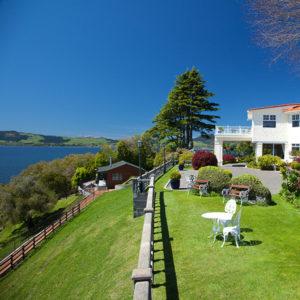 Stunning Lodge Glamour in Rotorua, New Zealand