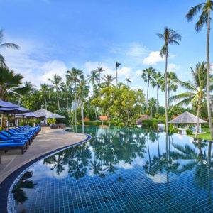 Five-Star Traditional Beachfront Luxury in Koh Samui