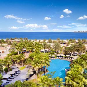 Beachfront Ritz-Carlton Dubai with Club Benefits