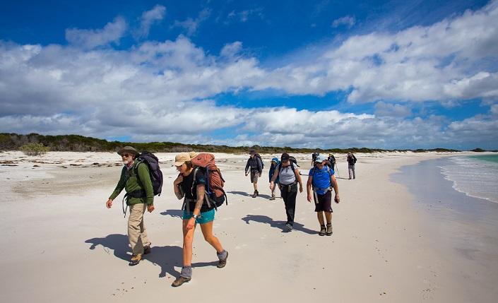 Great-Walks-BOF-walk-group