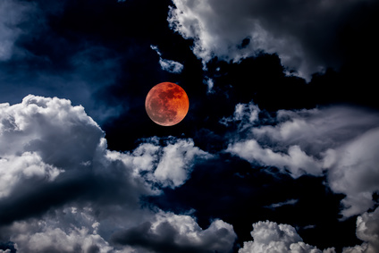 Blood Moon Could Cause Relationship Upheaval for Relationships This Weekend